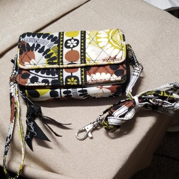 Vera Bradley Handbags - Vera Bradley Wallet Wristlet